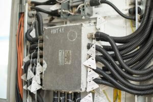 Фото электромонтаж - Расключение взрывозащищенных коробок